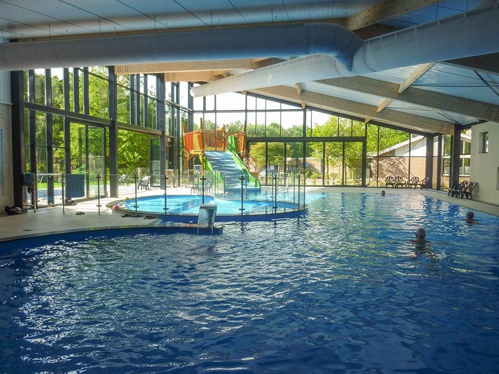 campingruinen_overdekt_zwembad