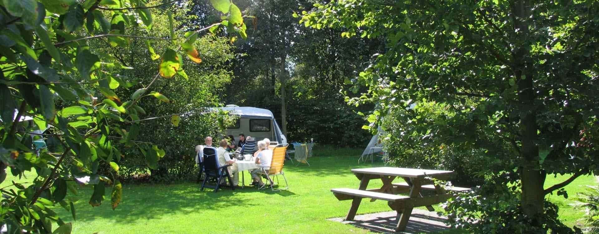camping-meistershof-kamperen-in-het-groen